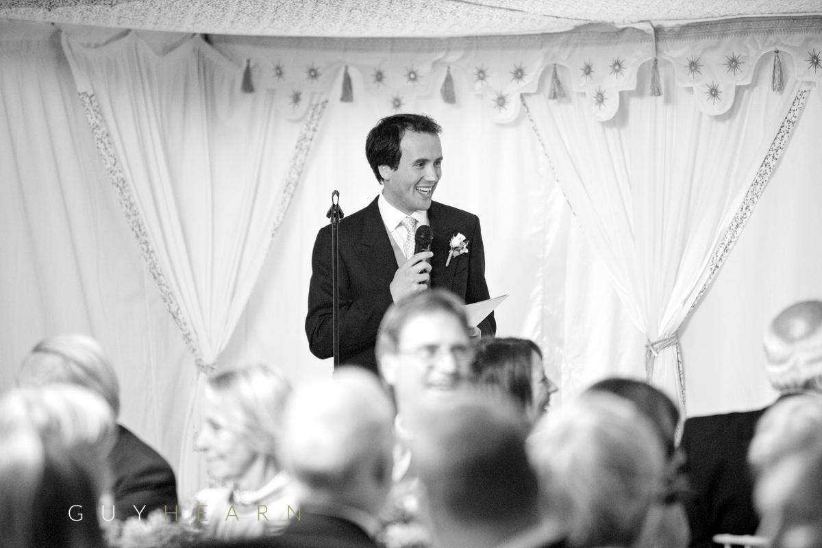 marquee-wedding-buckinghamshire-33-2