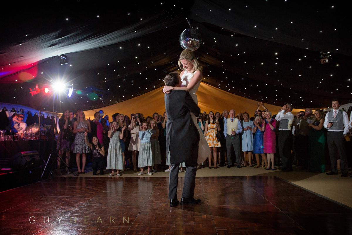 marquee-wedding-buckinghamshire-41-2